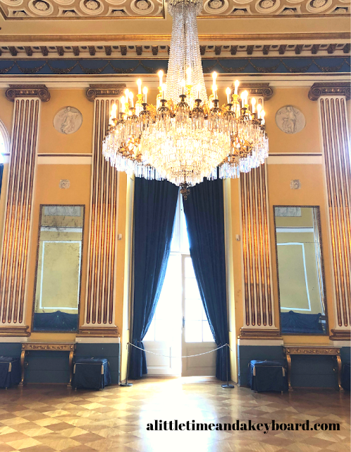 Captivating Norwegian chandelier in the Gala Hall of Amalienborg Palace