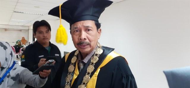 Disertasi Zina Halal, Jokowi Didesak Copot Rektor UIN Sunan Kalijaga