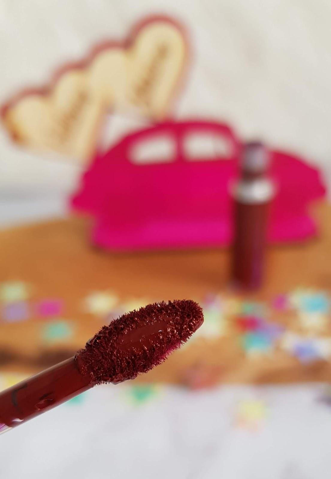 Mac Cosmetics Retro Matte Likit Ruj Gülümse Yüzüme Makyaj Blogu