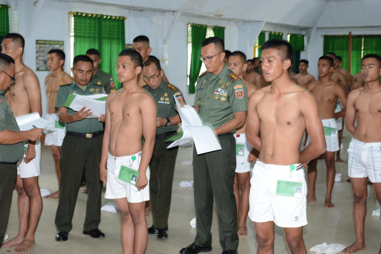 243 Orang Peserta CATA PK TNI AD Gel I Sub Panda Bone Ikuti Sidang Parade