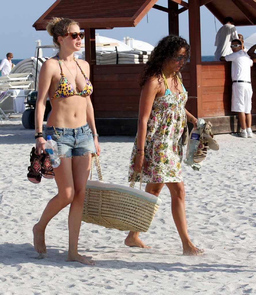 Sunny Days Doutzen Kroes Perfects Quot Leopard Bikini