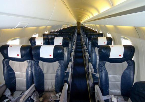 Embraer ERJ-145 interior