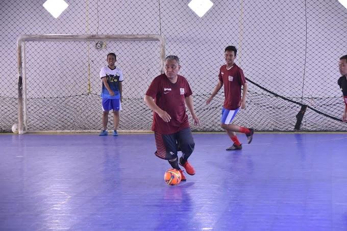 Walikota Tanding Futsal Bersama Katar Kelurahan Cinangka