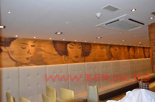 Pintura mural sobre madera