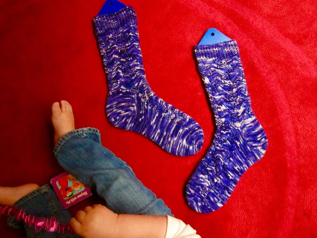 Starry Starry Night socks (Embossed Leaves by Mona Schmidt from Interweave's Favorite Socks)