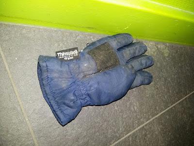 Handschoen kwijt