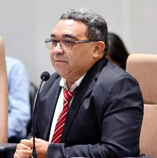Nal Fernandes apresenta votos de aplausos para a senadora Nilda Gondim