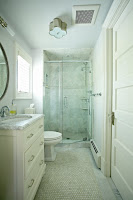Green bathroom color idea
