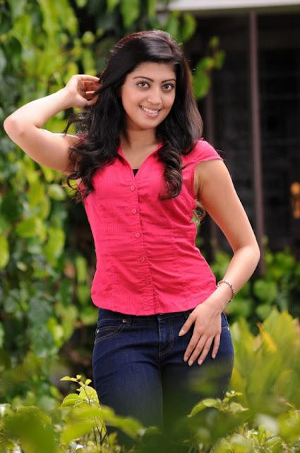 Pranitha Telugu hot actress photos