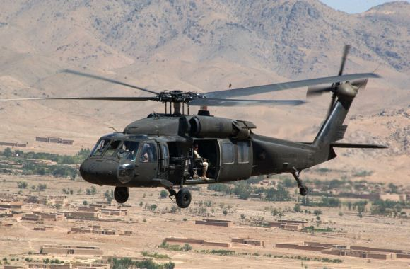 Helikopter UH-60 Black Hawk