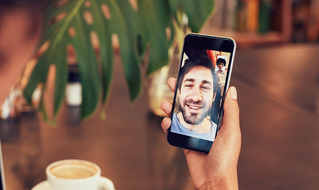 How to record WhatsApp video call on iPhone and Android