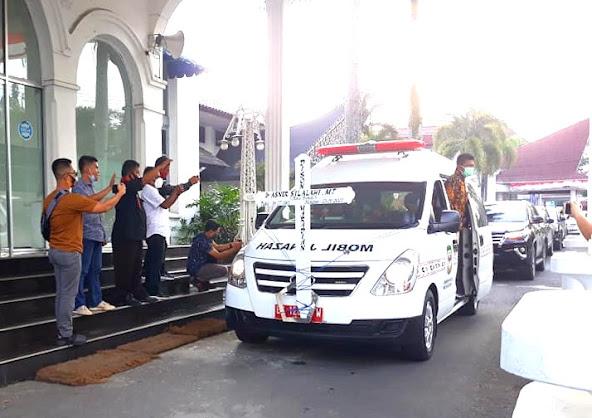 Jenazah Asner Silalahi Diarak ke Kantor Walikota Siantar, Warga : Selamat jalan Pak Walikota ...