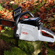Oregon 'Powernow' CS250 rechargeable chainsaw