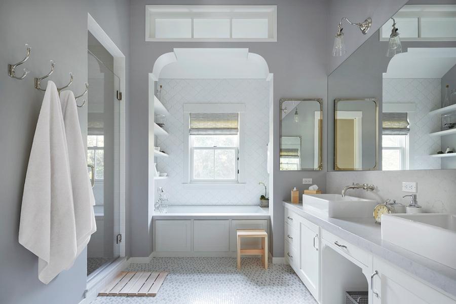 Amerykański domek, wystrój wnętrz, wnętrza, urządzanie mieszkania, dom, home decor, dekoracje, aranżacje, styl amerykański, american style, styl klasyczny, classic style, bathroom, łazienka