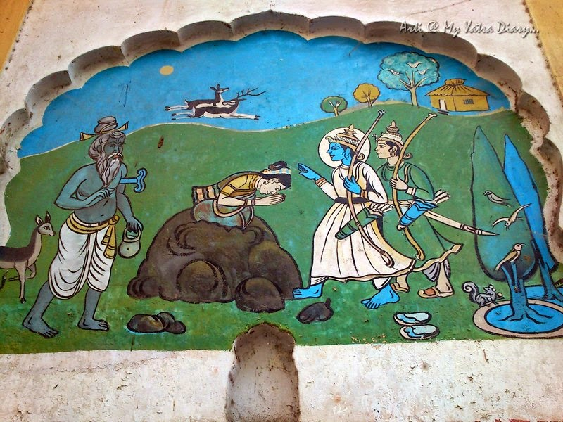 Beautiful paintings on the walls of ancient Shree Ram Temple, Tulsibaug, Pune, Maharashtra