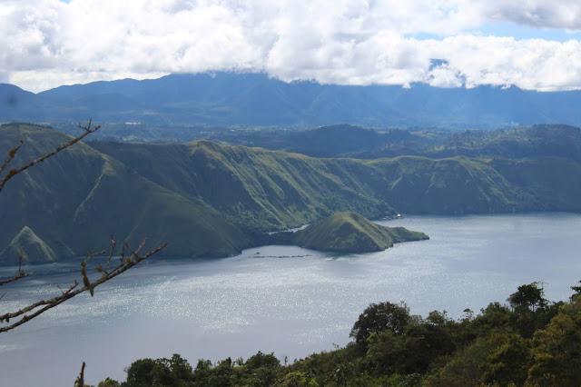 Danau Toba dan Berastagi Lokasi Pariwisata Favorit di Sumut