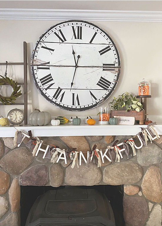 Thanksgiving banner on the mantel