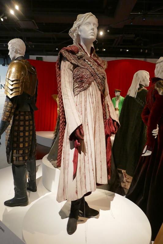 Daenerys Game Thrones season 8 costume