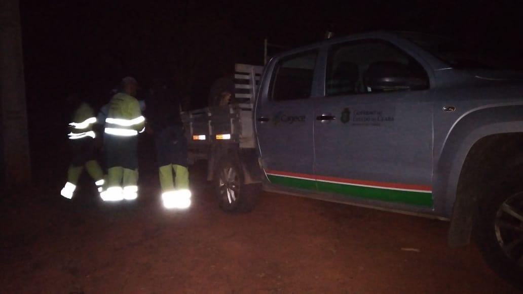 Equipe da Cagece finaliza trabalho de manutenção no ponto de captação do sistema no Açude Cachoeira, em Aurora