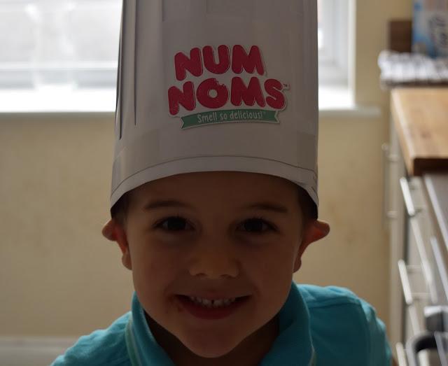 #MiniChefs with Num Noms