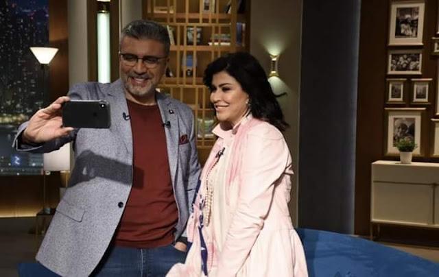 عمرو الليثي يعلن تأجيل إذاعة حلقة الفنانة جومانا مراد لوفاة ابنتها