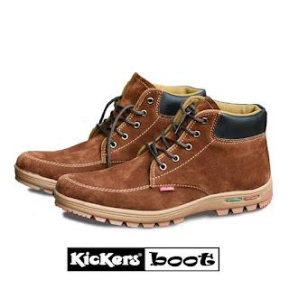 Sepatu kickers cowok