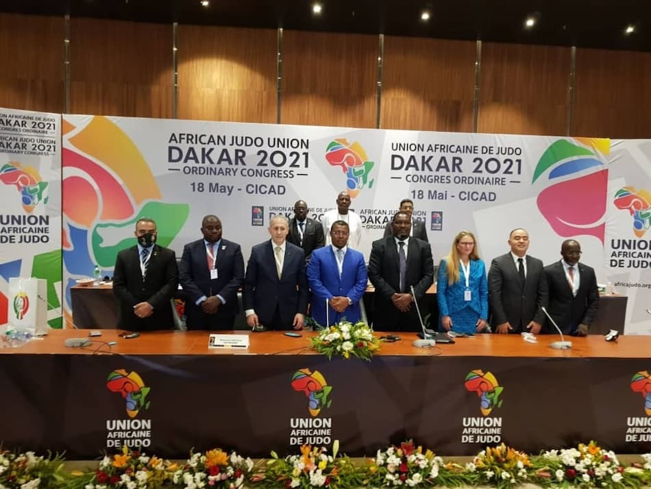 البطولة الإفريقية للحيدو : الجزائر حاضرة ب 18 مصارعا