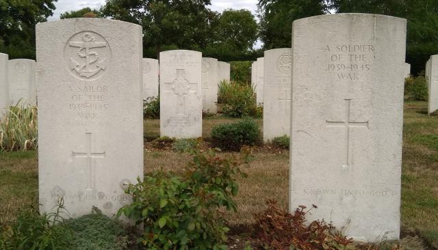 Detall de les tombes