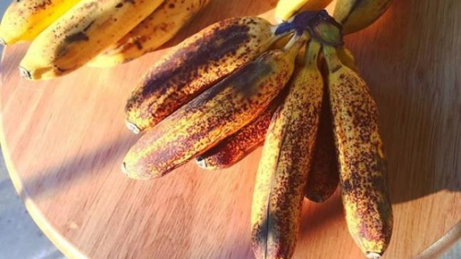 Turn Overripe Bananas Into Fresh Bananas