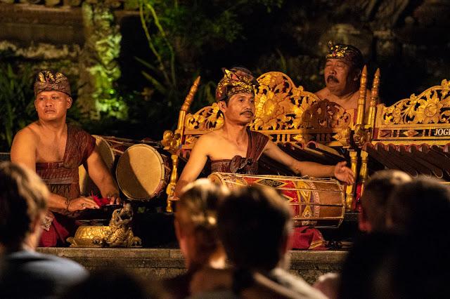 Musicisti Tempio Saraswati, Ubud-Bali