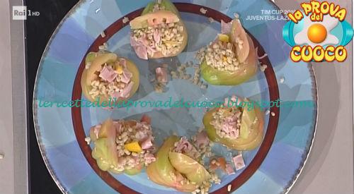 Pomodori ripieni di orzo peperoni e mortadella ricetta Spisni da Prova del Cuoco