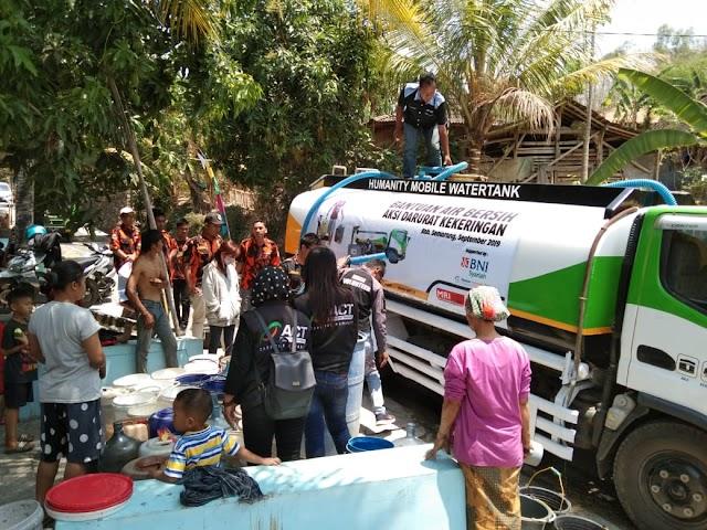 Warga Apresiasi Bantuan Air Bersih Dari Pemuda Pancasila Kecamatan Suruh.