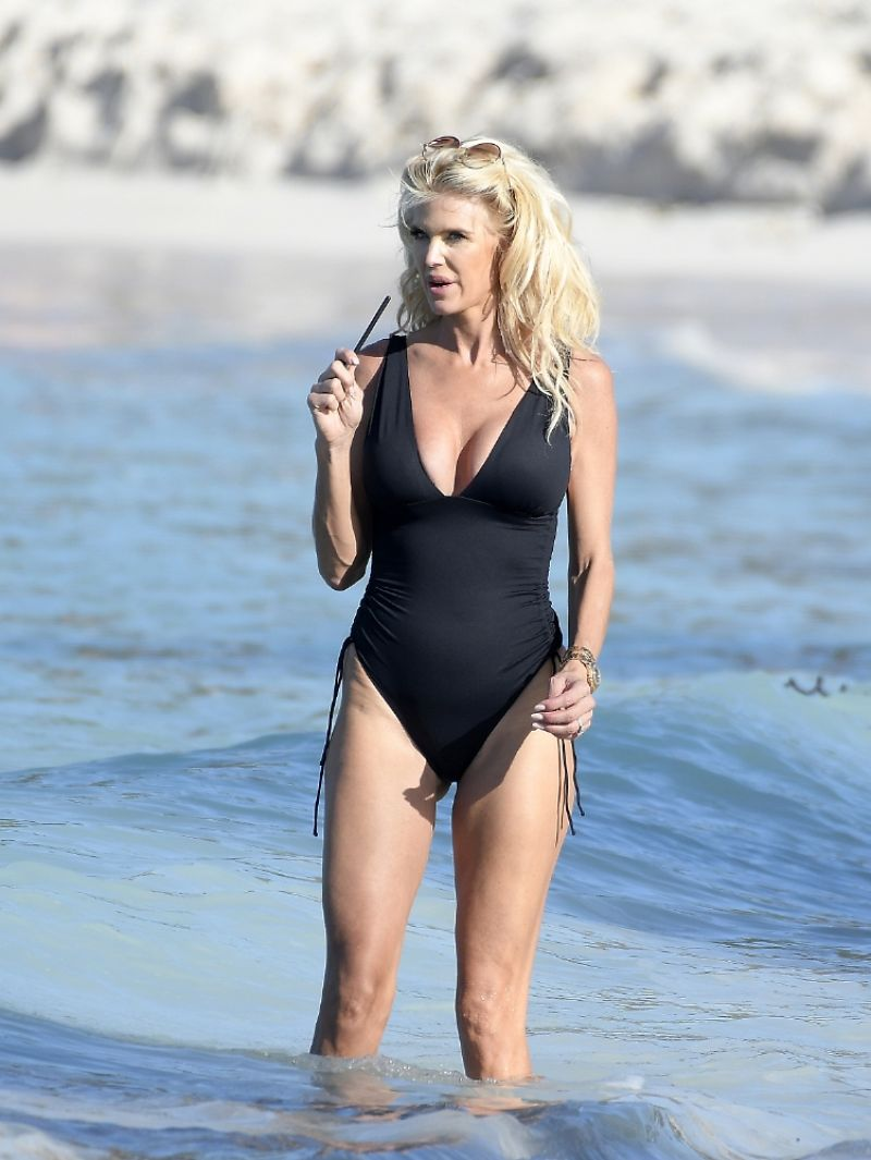 Victoria Silvstedt Clicked in a Black Swimsuit in St Barths 5 Jan- 2021