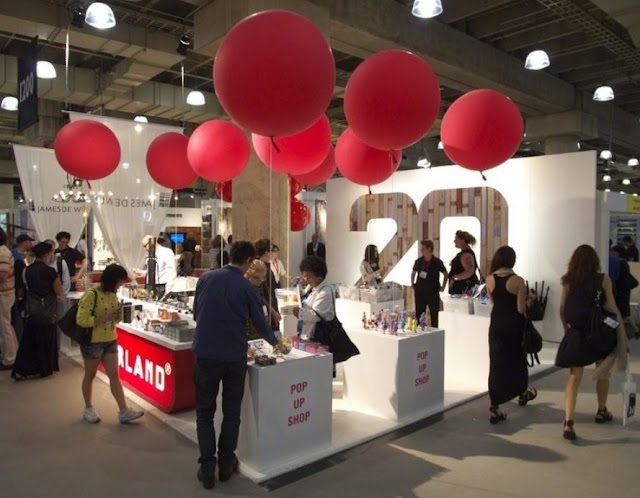 Incorporate Balloons Trade Show Booth Ideas