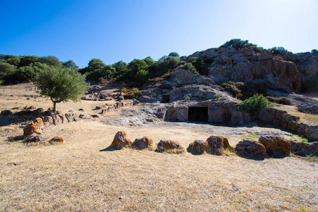 Necropoli di Montessu