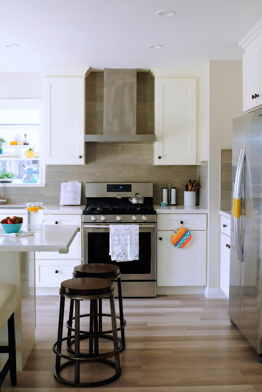 small house white kitchen