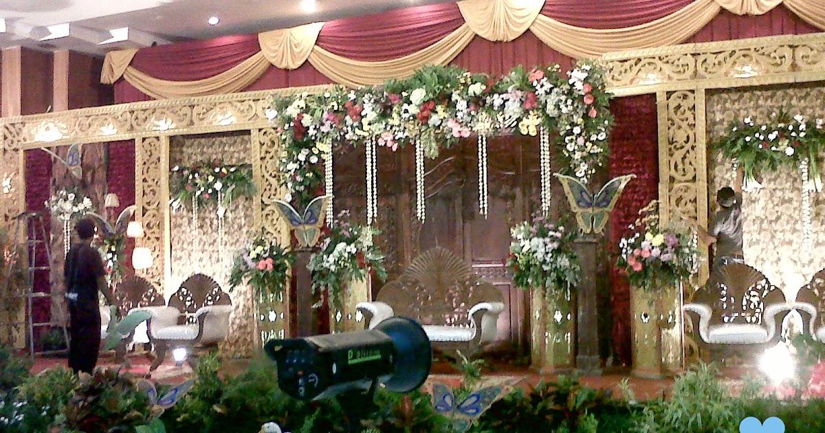 dekorasi pernikahan di lamongan murah meriah dan bagus mau modern dan terbaru hanya di agustina wedding m=1