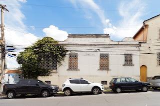 GIRAMUNDO - CASA RUA POUSO ALEGRE 290