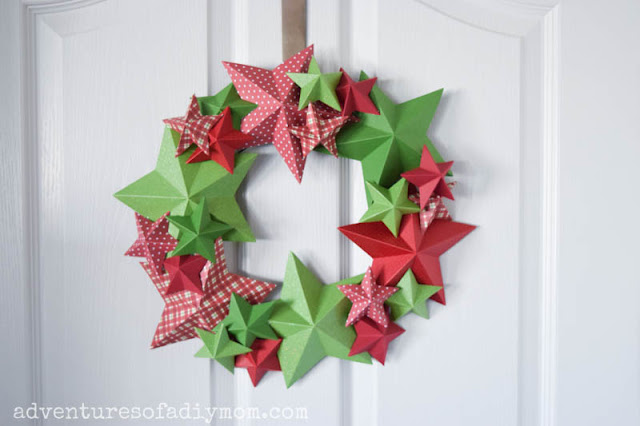 Star wreath made with 3d paper stars