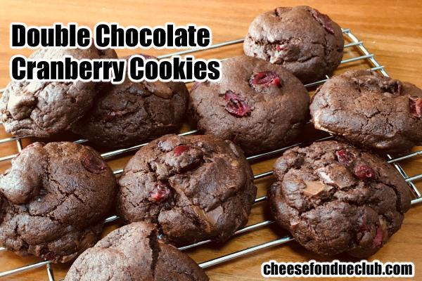 アメリカンダブルチョコレートクランベリークッキーのレシピ Double Chocolate Cranberry Cookies