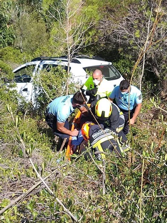 DESPISTE. Condutor de 80 anos ferido na estrada da Malveira da Serra
