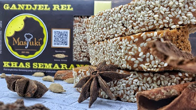 Ganjel Rel Krez, inovasi kuliner legendaris Semarang