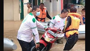 Bubarkan Relawan FPI yang Bantu Korban Banjir Cipinang Melayu, Polisi: Pakai Atribut Terlarang