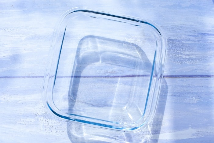 square glass baking dish