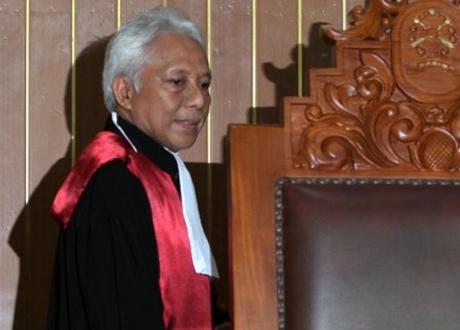 Nasib Hakim Cepi Iskandar di Ujung Tanduk