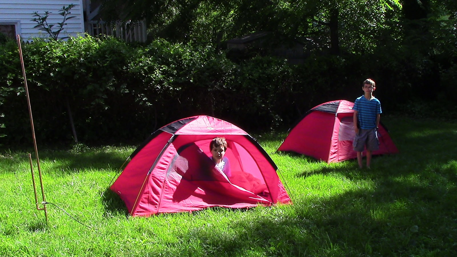 We have two small inexpensive tents that we purchased years ago. Theyu0027re simple and easy to set up. Best of all theyu0027re very lightweight. & Engineering mathematical machines