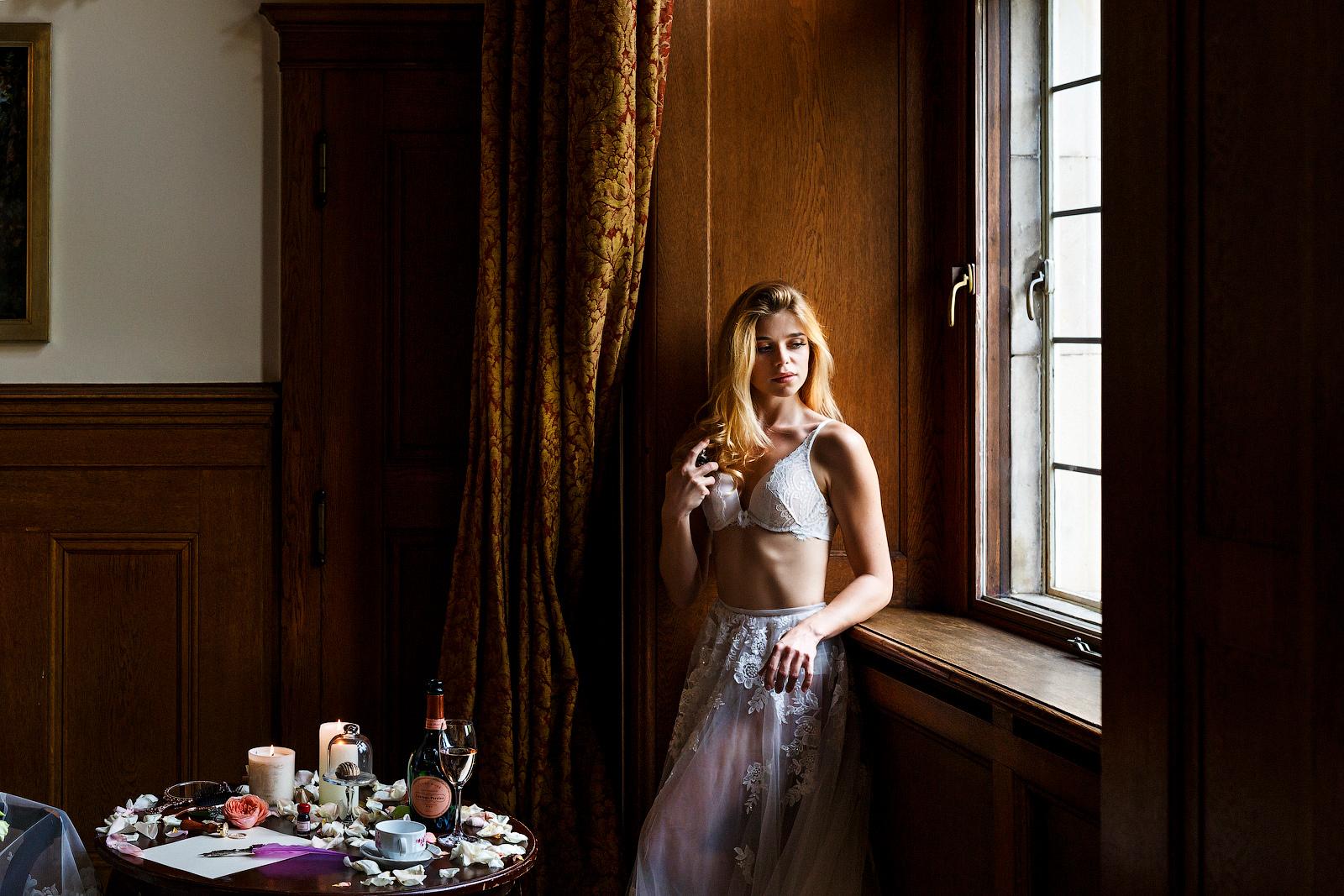 Braut-Boudoir Shooting im Luxushotel Kronberg im Taunus