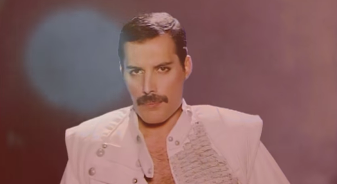 Queen - Let Me In Your Heart Again [NUEVO VIDEO] Inedito
