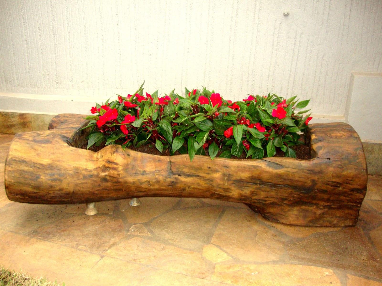 floreira grande mesinha de apoio banco rústico de madeira reciclada #BD0E21 1600x1200