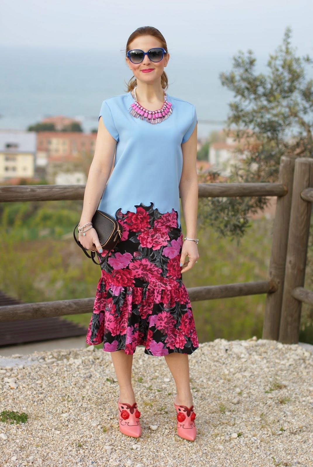 floral print pencil skirt, Sodini bijoux pink necklace, zara bonsoir bag, Fashion and Cookies, fashion blogger